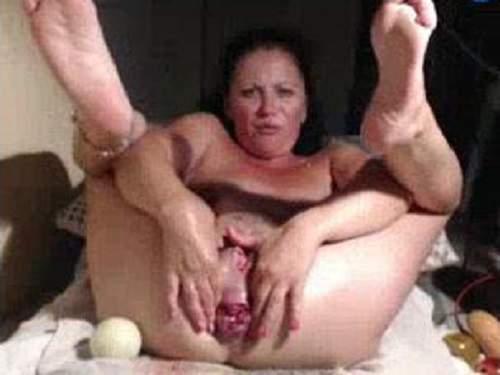 Hudge dildo insertions