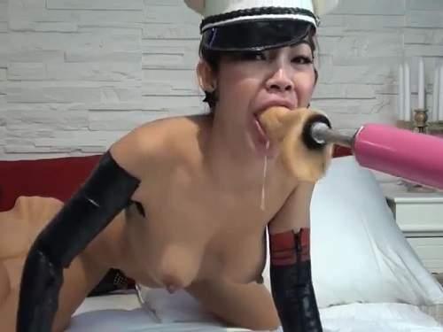 Asian whore blow job