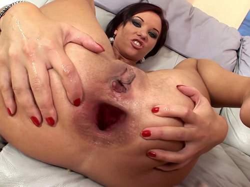 Bbw wife with princess plug playing with herself 8
