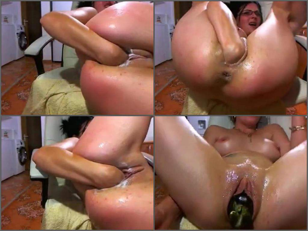 Down free hand job loads video