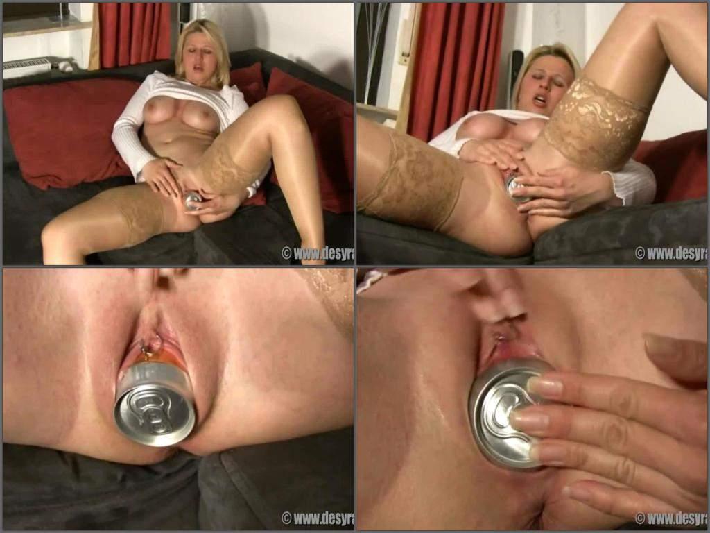 busty blonde milf close up tin penetrated herself | rare amateur