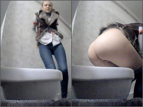 Tube Sex Russian Pissing Toilet 6