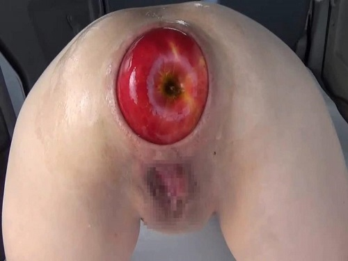 Multiple creampies in pussy