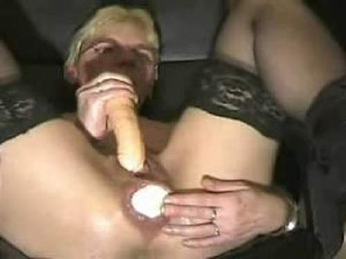 granny insertion dildo in pussy and ball in anal | rare amateur