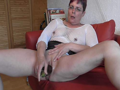 granny with saggy tits,amateur granny,fisting pussy,dirty german granny,eggplant in pussy,vegetable penetration