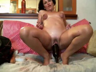 bottle in pussy,bottle riding,huge dildo in pussy,kinky wife dildo fuck,dirty mature webcam,saggy tits,bondage tits,bottle fuck hard,giant bottle penetration