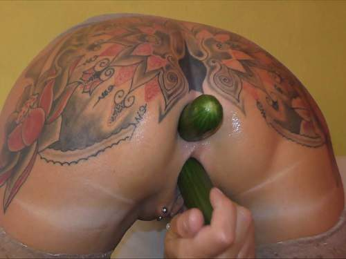 vegetable porn,2017 porn,new 2017 porn,vegetable porn new,cucumber anal,cucumber in pussy,vegetable insertion,tattooed milf,piercing pussy