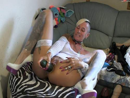 Crazy tattooed german milf vegetable porn webcam show