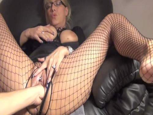 pussy fisting,vaginal fisitng,deep fisting,fisting porn,perverted milf gets fisted,creampie vaginal,creampie in pussy,titted milf