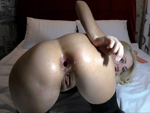 Egedn777 anal fisting,solo fisting,camgirl anal,Egedn777 anal prolapse,Egedn777 anal rosebutt loose,solo fisting girl