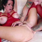 Veronica Avluv gets fisted,Veronica Avluv fisting pussy,Veronica Avluv rough anal,Veronica Avluv double penetration,Veronica Avluv squirting,mature gets fisted
