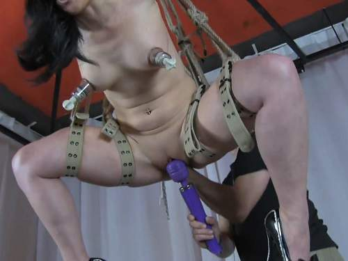 RealesFetishPaar pussy fisting after pump bondage girl