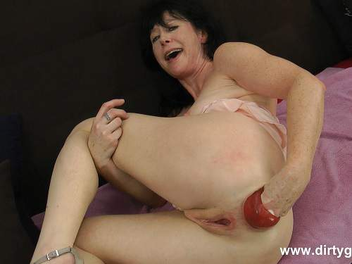 DirtyGardenGirl pink fisting fun,DirtyGardenGirl anal fisting,DirtyGardenGirl anal prolapse,DirtyGardenGirl 2017,Donna Flower anal fisting,DirtyGardenGirl fisted anal prolapse,dirty milf gets fisted