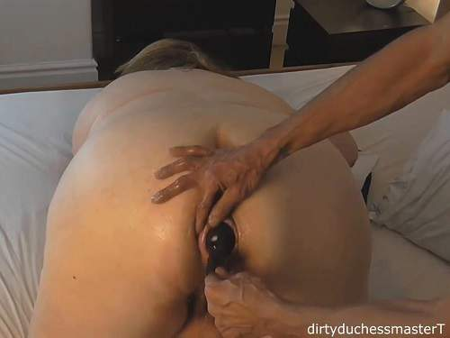 Inflatable dildo penetration in asshole bbw wife homemade