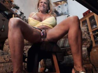 mature dildo porn,mature pussypump,mature clit pump,huge clit,pumping porn,busty mature pump porn,hairy milf webcam