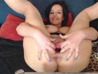 stretching pussy,gaping pussy,dildo porn,dildo rides,pumping pussy,pussypump,mature pussypump,big tits milf webcam