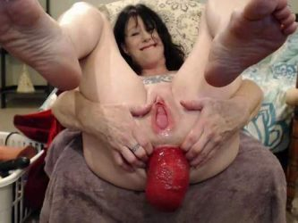 DirtyGardenGirl anal prolapse loose,DirtyGardenGirl webcam 2017,DirtyGardenGirl 2017,DirtyGardenGirl prolapse 2017,dildo rides,monster dildo rides,monster dildo penetration