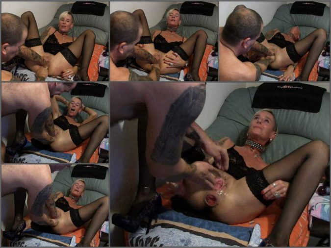 Lady-Isabell666 solo fisting,Lady-Isabell666 deep fisting,Lady-Isabell666 double fisting,amateur double fisting,double fisting porn,anal rosebutt