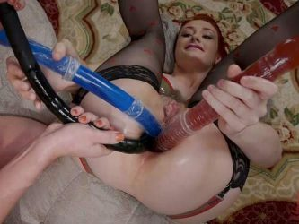 Dee Williams and Violet Monroe,Dee Williams fisting sex,Dee Williams fisting anal,Dee Williams anal gape,Violet Monroe anal gape,Violet Monroe triple dildo anal,strapon lesbians