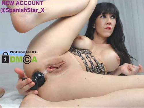 Big tits spanish mature solo rides on a big dildo – Release January 18, 2018