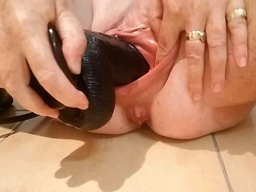 MissBehave001 mommy's favourite boy is watching – inflatable dildo porn