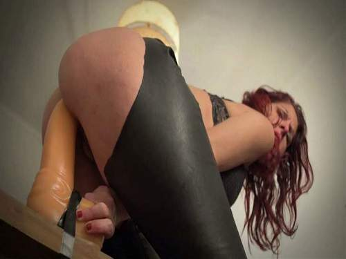 Amateur big ass milf extremely rides on a monster dildo