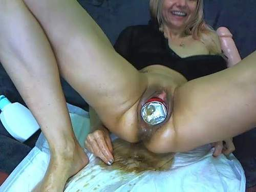 Coca-cola tin, double fisting and dildo porn with dirty milf – Release April 26, 2018