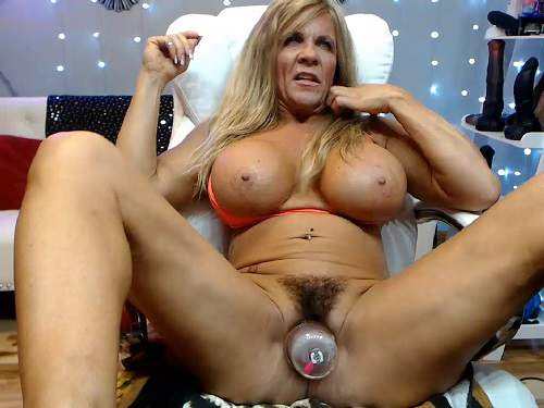 Muscular mature dildo rides,Muscular pussy pump,bit clit pump,mature with huge clit,mature with giant pussy,hairy pussy pump