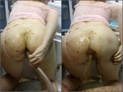 WCwife alien shit penetrates uterus part 2 in bloody period