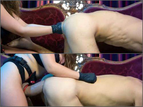 Wonderful mistress deep anal fisting and huge strapon domination to slave male