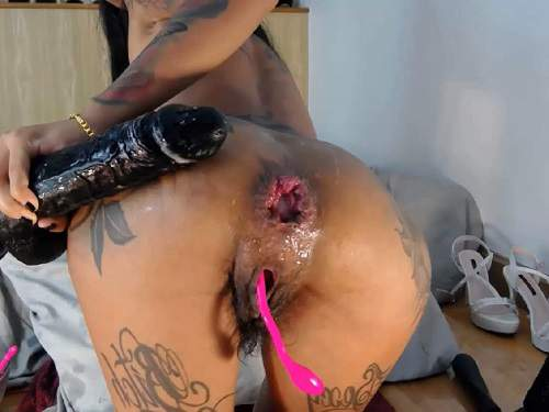 Asianqueen93 herself double dildo insertion in hairy pussy and wet asshole