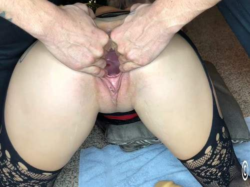 Busty girl Lily Skye shocking rubber dildo penetration in piercing gaping pussy