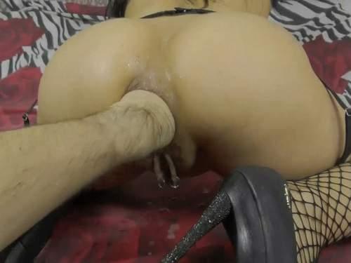 Lesbian Pussy Ass Fingering
