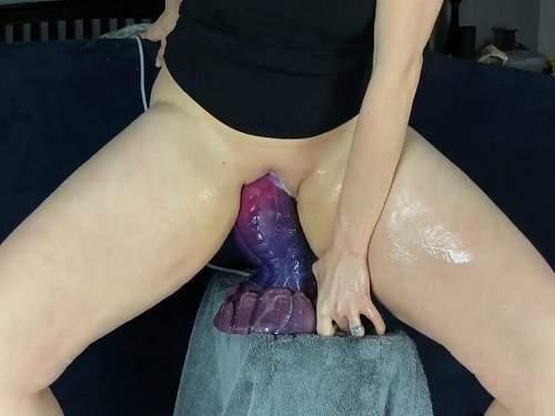 Milf Real Orgasm Creampie